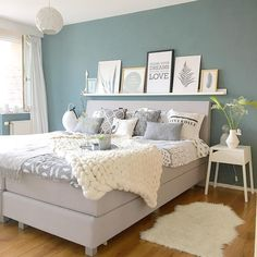 Unusual Article Uncovers the Deceptive Practices of Wondrous Small Bedroom Design Ideas – homedecorsdesign Pastel Bedroom, Bedroom Colors, Room Decor Bedroom, Bedroom Ideas, Peaceful Bedroom, Dream Bedroom, Teenage Girl Bedrooms, Girls Bedroom, Small Bedroom Designs