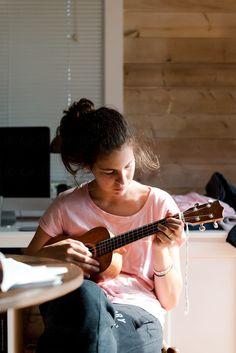 teenage girl playing the ukulele by Léa Jones - Ukulele - Stocksy United Aesthetic Photo, Aesthetic Girl, Ukulele, Shots Ideas, Joyful Noise, Funny Reaction Pictures, Teenage Girl Photography, Music Life, Action Poses