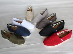 toms shoes for men,wholesale shoes,cheap toms shoes take it home and own it,The … Weird Fashion, Fashion Shoes, Cheap Toms Shoes, Prom Accessories, Toms Outlet, Dream Shoes, Me Too Shoes, Tom Shoes, Shoes Men