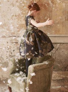 #karussell #kidsfashion @ilgufospa® #boutique #kindermode #boys #girls #fashion #innsbruck #tyrol #austria #claudiastraße #triumpfbogen #mariatheresienstrasse ©il gufo® Tyrol Austria, Dope Clothes, Innsbruck, Boys, Girls, Kids Fashion, Ballet Skirt, Victorian, Boutique