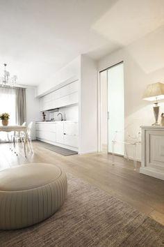 Une porte coulissante à galandage pour une cuisine lumineuse - 15 portes coulissantes belles et fonctionnelles - CôtéMaison.fr