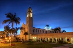 University of San Diego: San Diego - America's Most Beautiful College Campuses University Of San Diego, University Of Cincinnati, University Of Virginia, University Life, College Aesthetic, College Campus, Travel And Leisure, Beautiful Buildings, California Travel