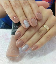 40 glitter gel nail designs for short nails for spring 2019 page 21 Glitter Gel Nails, Gelish Nails, Nude Nails, Nail Manicure, My Nails, Classy Nails, Simple Nails, Trendy Nails, Neutral Nails