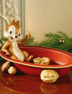 Skulle älska att få pynta med denna underbara skål från Fyrklövern.se Christmas Decorations, Christmas Ornaments, Holiday Decor, Disney Films, Chips, Star, Inspiration, Design, Biblical Inspiration
