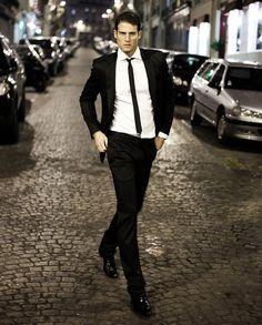 Men's suit | CoverMen Mag - Ivan Noda, top male model : Photos