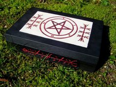 "Go Away Box by Lolair.deviantart.com | This is a ""get lost"" or ""go away"" box which is used in European and American folk magic as well as Hoodoo for healing, trapping harmful spirits, discarding ritual tools, or for spells to get rid of unwanted people, objects, emotions, or actions."
