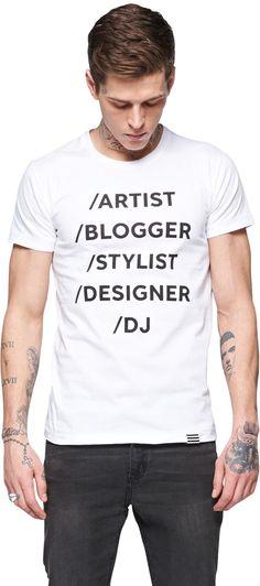 T-Shirt mit Print - Cooles T-Shirt in Weiß von MADS NORGAARD COPENHAGEN. Dieses T-Shirt setzt mit dem Print ein Statement. - ab 24,90€