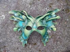 The colors and the layers on this mask add so much texture. The workmanship on this mask is really superb, and that's coming from a fellow mask maker.