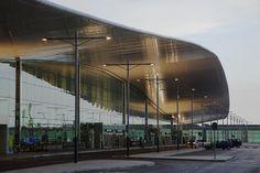 Spotlight: Ricardo Bofill,Barcelona Airport New Terminal. Image Courtesy of Ricardo Bofill