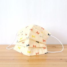 Small triangle ribbon is cute! For those who love the ribbon pattern∞  TEMARIYA masks are all hand made with soft, skin-friendly double cotton gauze. ...