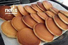 Nefis Pankek  (Garantili Tarif) #nefispankek #kahvaltılıktarifleri #nefisyemektarifleri #yemektarifleri #tarifsunum #lezzetlitarifler #lezzet #sunum #sunumönemlidir #tarif #yemek #food #yummy Hot Dog Buns, Hot Dogs, Galette, Pretzel Bites, Pancakes, Food And Drink, Bread, Breakfast, Desserts