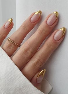 Gold Tip Nails, French Tip Nails, Cute Acrylic Nails, Gold French Tip, Gold Nail Art, French Manicures, Gold Manicure, French Tips, Metallic Nails