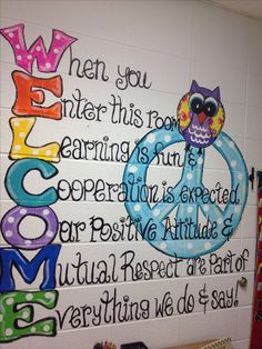 LOVE This!!    This would be a great to put outside the classroom in the hall,