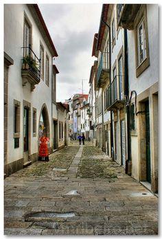 https://flic.kr/p/oe88JX | Rua de Viana do Castelo | VIANA DO CASTELO (Portugal): Rua do centro histórico.