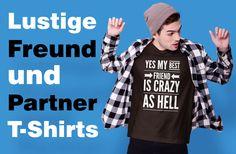 Ja, mein bester Freund/beste Freundin ist verrückt. Lustiger und humorvoller Spruch auf deinem coolen T-Shirt. Eignet sich als optimale Geschenkidee für deine beste Freundin und BFF. I Am Awesome, Friends, Sports, Tops, Fashion, Funny Friendship, Cool T Shirts, Funny Sayings, Amigos