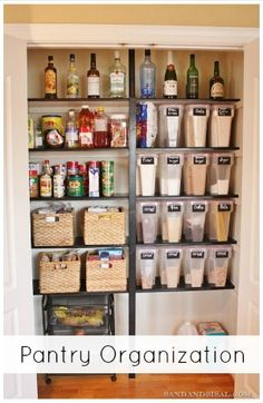 Create a gorgeous & organized PANTRY!
