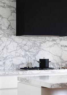 Amazing marble used in this kitchen designed by Hecker Guthrie Interior Design Kitchen, Modern Interior, Interior Architecture, Interior And Exterior, Kitchen Decor, Architecture Drawings, Kitchen Modern, The Design Files, Küchen Design