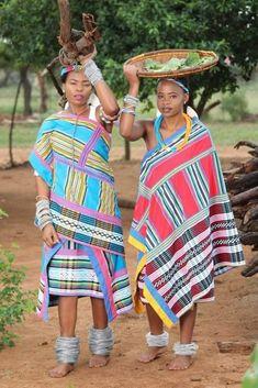 Venda Traditional Attire, African Traditional Wear, Traditional Outfits, Zulu Traditional Wedding Dresses, African Room, African Traditions, Wedding Dress Styles, Wedding Outfits, Folk Costume