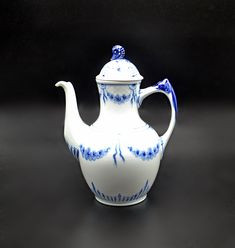 Bing And Grondahl Teapot, Blue And White, Seahorse Coffee Pot, Danish China, Royal Copenhagen Wood Owls, Star Show, Royal Copenhagen, Vintage Wood, Art Deco Fashion, Danish, Floral Design, My Etsy Shop, Blue And White