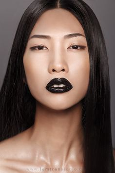 Get darker sleek lips with our 'Black sleek lipstick' Shop: http://www.revuk.com/black-sleek-lipstick-black-accessories_p0016872700.html
