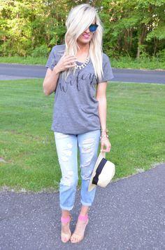 Chic t-shirt styling | McKenna Bleu