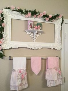 Crazy Tips Can Change Your Life: Cottage Shabby Chic Bathroom shabby chic apartment color palettes. Jardin Style Shabby Chic, Rosa Shabby Chic, Cottage Shabby Chic, Cocina Shabby Chic, Muebles Shabby Chic, Shabby Chic Mode, Shabby Chic Living Room, Shabby Chic Bedrooms, Shabby Chic Furniture