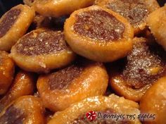 Ροξάκια νηστίσιμα #sintagespareas Greek Sweets, Greek Desserts, Greek Recipes, Yummy Food, Butter Salmon, I Foods, Food Porn, Dessert Recipes, Kitchens