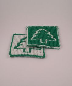 Christmas Tree Coasters Set of Two  Reversible by SophiesKnitStuff, €12.00