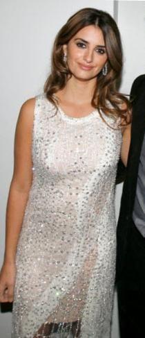 Who made Penelope Cruz's white beaded dress that she wore to the 2nd Annual Robert Garlock Screening? Dress – Naeem Khan Spring 2010