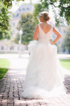 dress by http://www.davidsbridal.com/Browse_White-by-Vera-Wang  Photography by petruzzo.com