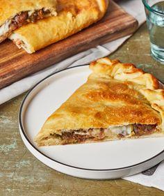 Olívás stangli | Street Kitchen Hot Dog Buns, Hot Dogs, Ciabatta, Bagel, Cheddar, Feta, Hamburger, Bread, Street