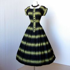 To die for !!! vintage 1950's dress most fabulous black and chartreuse by traven7,