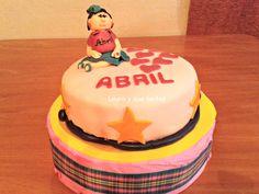 Tarta dedicada a Abril, una niña preciosa. 6 mayo 2012.