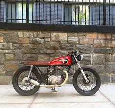 1,334 vind-ik-leuks, 23 reacties - Bean Factory Bikes (@beanfactorybikes) op Instagram: '1975 Honda CB360 cafe custom. Sold and staying on the streets of NYC  #cb360 #cb360t #caferacer…'