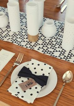 Modern urban  #black & white wedding ... Wedding ideas for brides, grooms, parents & planners ... https://itunes.apple.com/us/app/the-gold-wedding-planner/id498112599?ls=1=8 … plus how to organise an entire wedding, without overspending ♥ The Gold Wedding Planner iPhone App ♥