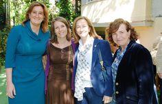 De izquierda a derecha: Dña. Sonia Fernández Duran, Directora General del Instituto Europeo de Salud y Bienestar Social; Dña. Sonia Virseda ACCENTURE; Dra. Encarnación Tato, Directora del Servicio Médico de  ACCENTURE; Dra. Lydia Ventura, Servicio de Medicina del Trabajo de CORITEL