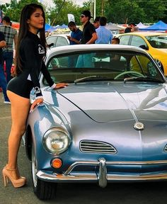 Porsche Sports Car, Porsche Models, Sexy Cars, Hot Cars, Hot Vw, Pernas Sexy, Volkswagen Karmann Ghia, Vw Vintage, Cute Young Girl