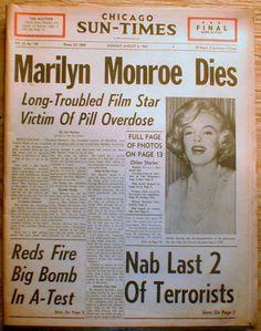 1962 Chicago Sun Times headline display newspaper SUICIDE DEATH o MARILYN MONROE