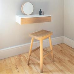 To achieve minimalism successfully, edit your furniture, eliminating the pieces that won't sacrifice comfort and functionality. Go for simple clean designs in solid subdued colours or natural wood. Not only will this lend to the soothing calm of minimalist style, but it will also continue to stay relevant and be more sustainable in the long run. Dressing Table For Small Space, Simple Dressing Table, Small Dressing Rooms, Dressing Room Decor, Dressing Room Design, Dressing Table With Stool, Small Vanity Table, Dressing Tables, Sheila E