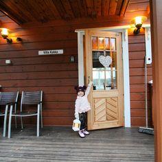 Etusivu - LaatuLomat Finland, Places To Go, Garage Doors, Villa, Outdoor Decor, Home Decor, Decoration Home, Room Decor, Home Interior Design