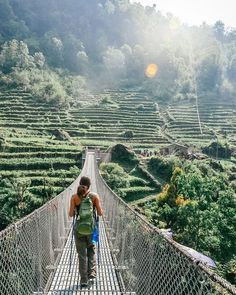 A guide to hiking the Annapurna Base Camp Trek in Nepal. Everything you need to know about what to pack, daily trekking route, and how much it costs! Bali Lombok, Cool Places To Visit, Places To Travel, Places To Go, Travel Destinations, Sri Lanka, Travel Around The World, Around The Worlds, Nepal Trekking