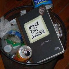 Vandaag een blog over het boek Wreck this journal. Het is geschreven door Keri Smith, Keri Smith heeft nog veel meer andere leuke boeken gemaakt zoals Mess, This is not a book en How to be an explorer of the world.  Maar ik ga het hebben over Wreck this journal! http://www.popcornmeisjes.nl/wreckthisjournal/#more-240