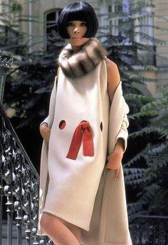 Pierre Cardin - 1965. 1960s fashion images.