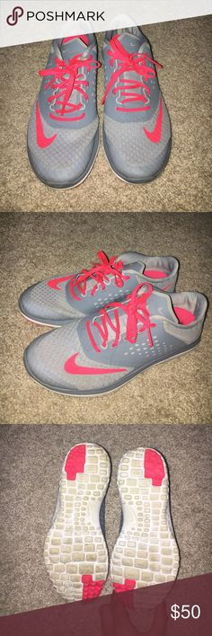 ⚡️Nike Gray & Pink Running Sneakers Barely worn gray & hot pink Nike sneakers! Worn probably about 10 times! Super comfy and fashionable! Just don't get any use out of them! Size 7 and true to size.They look brand new with no stains! Offers welcome! Items ship next business day! 😇 Nike Shoes Sneakers