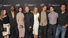 fear the walking dead season 2 photos | Fear the Walking Dead Season 2: Cast Talks Crossovers, Victor Strand ...