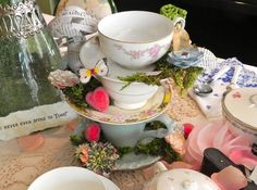 """DIY Mad Tea Party """"Teetering Teacups"""" Centerpieces – They're mad as a hatter! – MISS PARTY"""