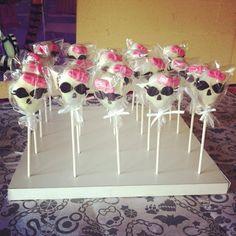Monster high cake pops http://www.kathyskakery.wix.com