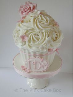 couture wedding cakes | gorgeous vintage inspired giant wedding cupcake with blush pink ...