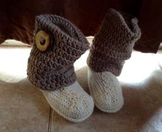 Crochet slipper boots womens slippers womens by DOVIESlovingKNITS