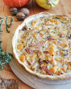 Quiche au potiron, jambon cru et noix Kiwi, Vegetable Recipes, Vegetable Pizza, Banana, Batch Cooking, Hawaiian Pizza, Ricotta, Yummy Food, Healthy Recipes